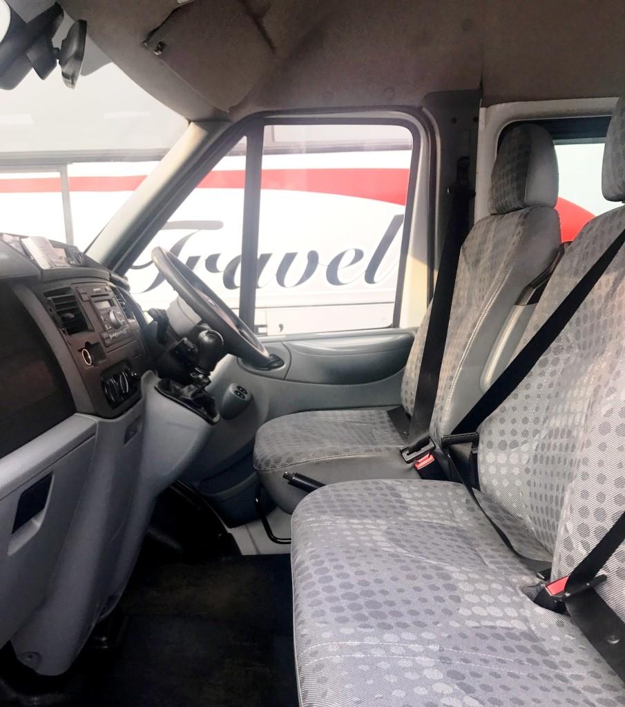 minibus 5