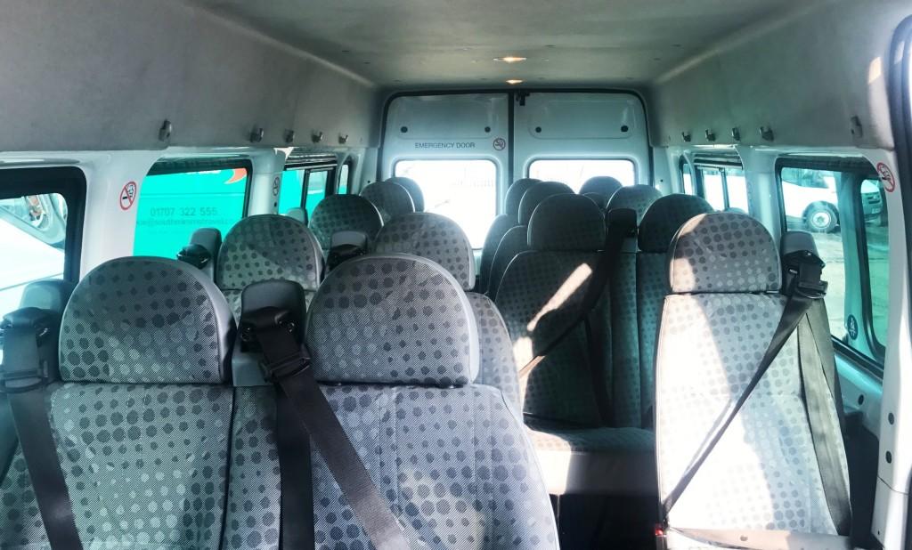 minibus 6